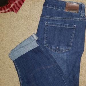 Maurices 11/12 Regular denim crop pants